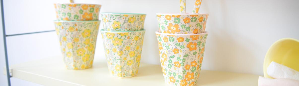 le-petit-souk-bandeau-vaisselle-fleuris-liberty-collection-mini-90-la-vie-en-couleur-v2