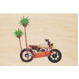 Carte postale en bois voyage et moto