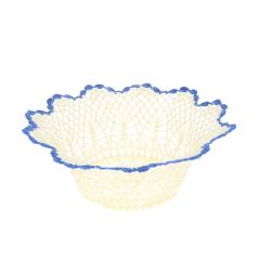 Grand panier dentelle bord bleu